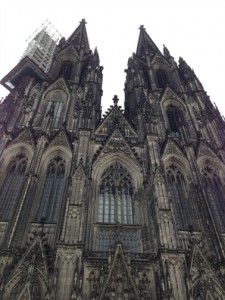 One of the sites to see while you're in Köln: Kölner Dome! Photo by Geocaching HQ'er Prying Pandora