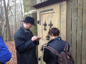 Geocaching staffer Tiffany and one of our amazing volunteer reviewers, Don Rocbeer, try to find the correct keys.