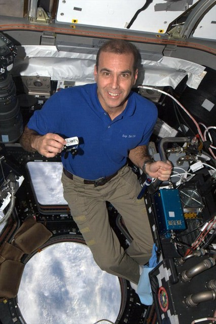 Rick Mastracchio and the Travel Bug in Space.