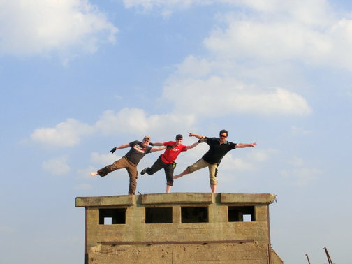 Choreographed happy dances on top of the bridge. Photo by geocacher HeideParkSoltau