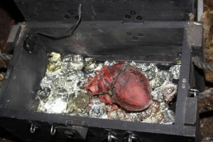 There it is! Davey Jones' heart! Photo courtesy of Geocaching HQ'er Lebbetter