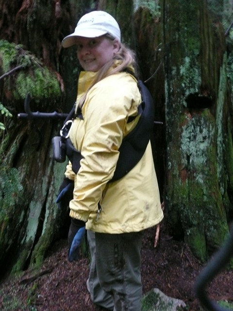 hurleyanne - nominee for Geocacher of the Month