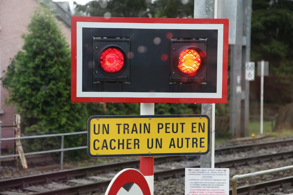 Un train peut en cacher un autre?