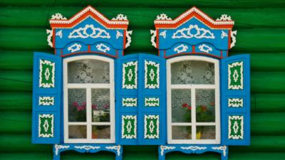 newslettersuite_12052016_russia_souvenir_vfinal_blog-800x450