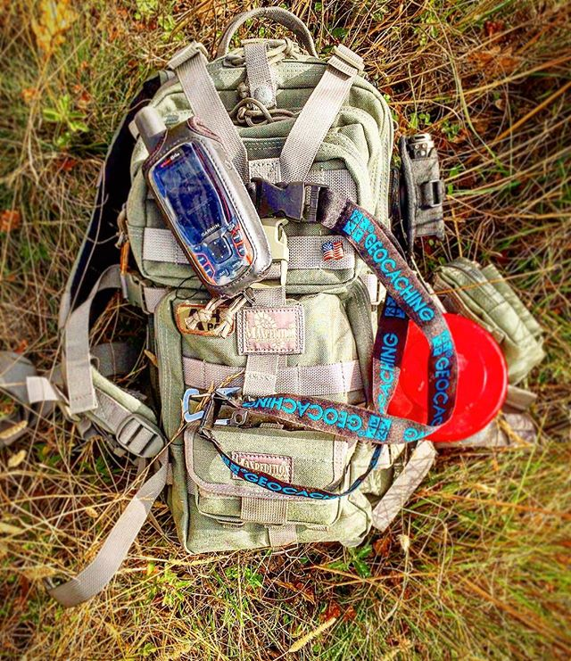 Top 10 geocaching essentials