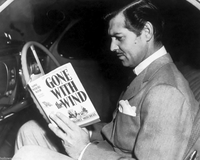Clark Gable reads Gone with the Wind