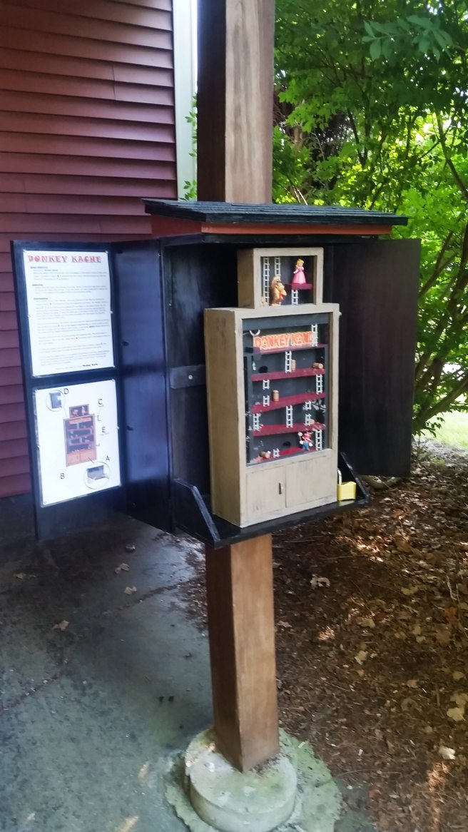 Clever gadget arcade cache